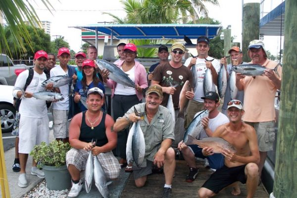 Capt Stu, Chris and anglers with lots of bonitos and a couple big mangroves (3)